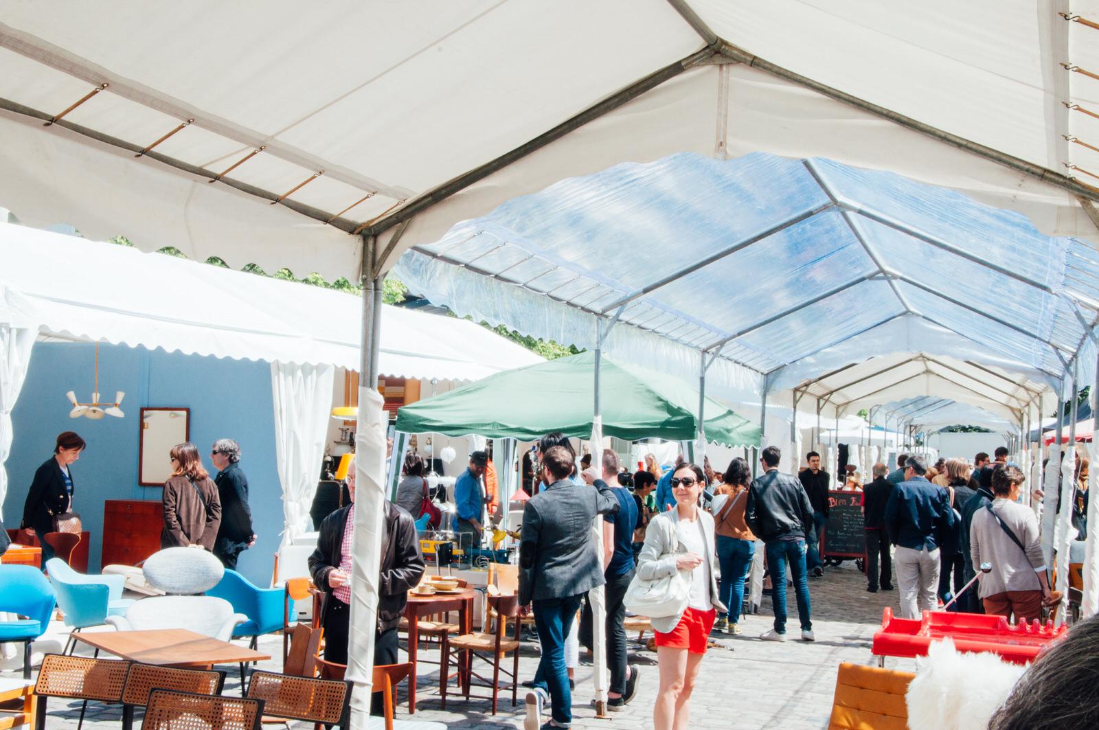Un apr s midi aux puces du design de paris black and wood for Puces du design paris